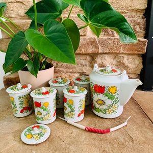 Vintage 70s Floral Porcelain Teapot & Cups NIB